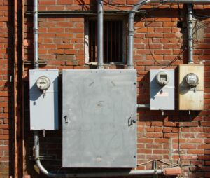 Can You House Hunt Like a Home Inspector? The Electrical System